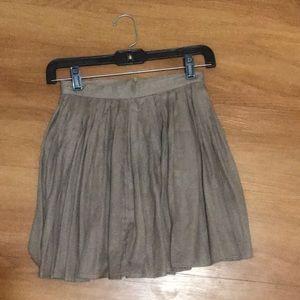 Taupe pleated miniskirt from Tobi